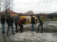 21 марта после урока Трезвости ученики разместили на заборе школы баннер с социальной рекламой
